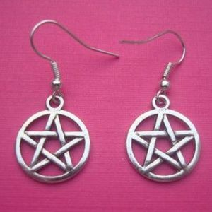 NEW WOMEN'S PENTACLE STAR EARRINGS PENTAGRAM 2PCS